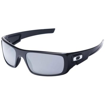 Oakley Crankshaft Black Sunglasses in Black
