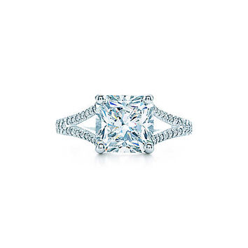 Tiffany & Co. - Lucida® with Diamond Band