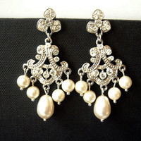 Saachi Art Deco Inspired Chandelier Pearls and Lace Wedding Earrings. Vintage Style Chandelier Earrings. Victorian Style. Bridal Earrings