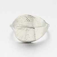 verameat | leaf wrap ring in silver