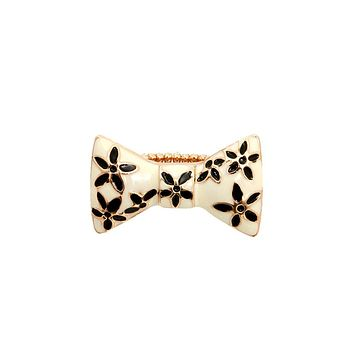 Bow Stretch Rings
