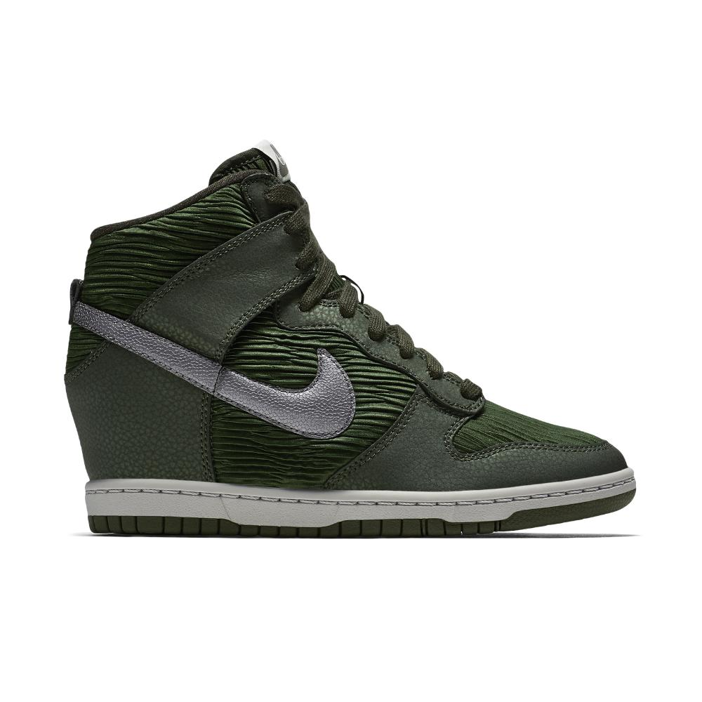Nike Dunk Sky Hi Women s Shoe from Nike  defd9b6998ee
