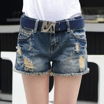 Summer Shorts Women Vintage Club Denim Shorts Sexy Hip Hop Skull Patch Plus Size Ripped Shorts Without No Belt Loose short