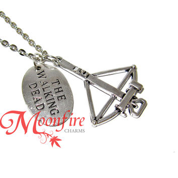 THE WALKING DEAD Daryl Dixon Crossbow Pendant Necklace