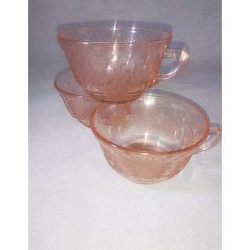 Federal Glass Pink Teacup, Normandie Bouquet And Lattice Pattern