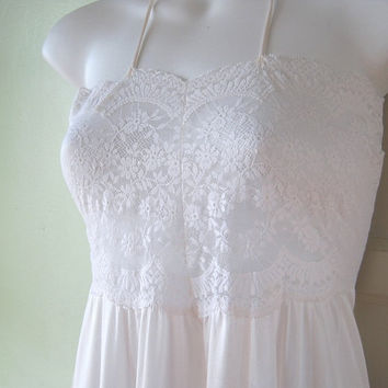 Fab Vintage Lace Bodice Nightgown - Waltz/Sweep Off-White Nightgown - Small-Medium Nightgown Sexy