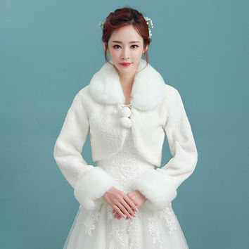 Long Sleeves Wedding Jackets 2017 Faux Fur White Wedding Boleros Warm Winter Evening Boleros Wedding Wraps Accessoire Mariage