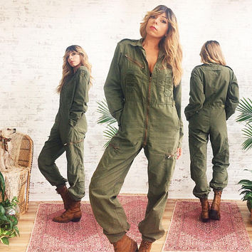Vintage 1970's Military JUMPSUIT || Army Workwear Coveralls|| Flight Suit || Safari Suit || Army Green || Size Small Medium
