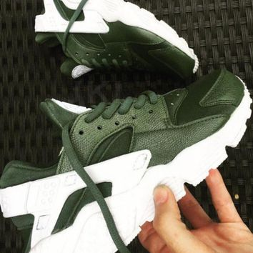Nike Air Huarache Army custom