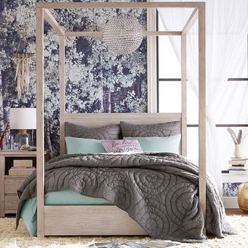 Costa Canopy Bed