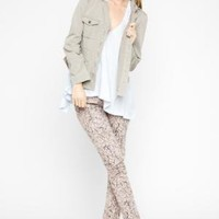 BCBGMAXAZRIA - SHOP BY CATEGORY: BOTTOMS: VIEW ALL: BCBGENERATION PRINTED DENIM LEGGING