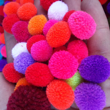 100 mix color pom pom handmade 2 cm diameter DIY decoration ball fabric