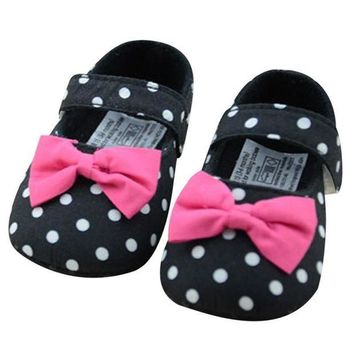 Infant Girl Pre Walker Polka Dot First Walkers Crib Shoes Soft Sole With Pink Flower