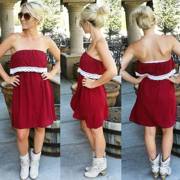 TRIM OF LACE DRESS IN MAROON