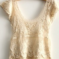 Scoop Neck Cap Sleeve Cropped Cut Lace T-shirt