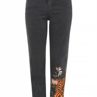 MOTO Tiger Embroidered Mom Jeans