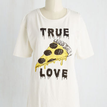 Quirky Mid-length Sleeveless One Amour Slice, Please! Tee