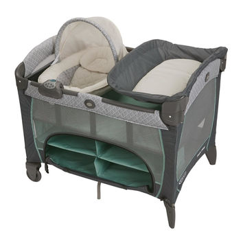 Graco Pack 'n Play Play Yard with Newborn Napper Station DLX - Manor