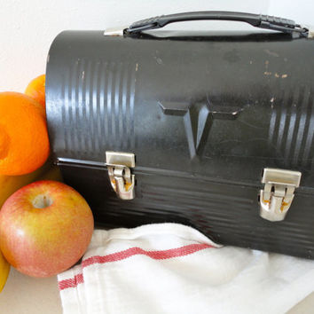 Vintage Metal Lunch Box by KimBuilt on Etsy