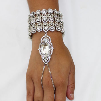 1920's Great Gatsby Inspired Art Deco Flapper Crystal Bracelet Hand chain