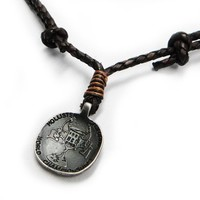 Fashionable and Stylist Hollister Braided Leather Chain World Championships Coin Metal Pendant Men Necklace