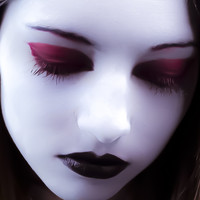 Blood Red Gothic Mascara Eye Lash Enhancer Cosplay Makeup