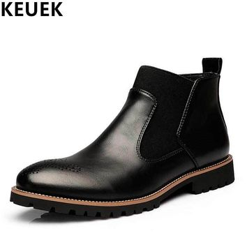 Big Size Autumn Winter Men Martin boots Slip-On Pointed Toe Chelsea Boots Genuine leather Breathable Ankle Boots Male shoes 3A