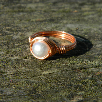 Copper wire wrapped ring, faux pearl ring, plastic bead ring, wire jewelry, white pearl ring, wire wrap jewelry, copper wire jewelry, rings