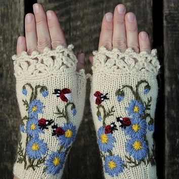Knitted Fingerless Gloves, Ladybird, Gloves & Mittens, Gift Ideas, For Her, Winter Accessories, Fashion, Accessories