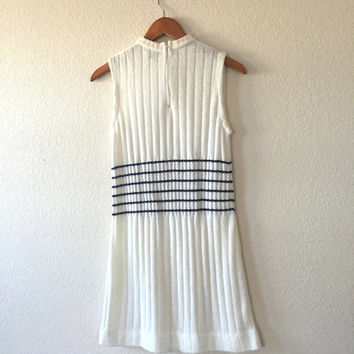 Vintage 1960s Dress / 60s Mod White Navy Stripe Tennis Style Knit Shift Dress / Retro Knit Acryclic Sleeveless Striped Sweater Dress - Small