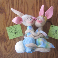 Vintage Annalee Bunny Rabbits, Pair Hugging Kissing Rabbits, 1965 Annalee Dolls, Mobilitee, Easter Decor, NWT Made in USA