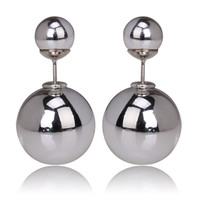 Gum Tee Mise en Style Tribal Earrings - Silver Plated