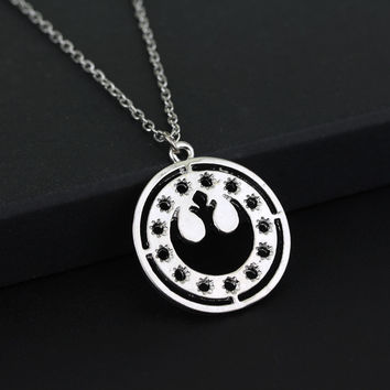 Drop Shipping Hot Sale Movie Star Wars Rebel Army Badge Pendant Necklace 2015 Vintage Women Hollow Drop Chain Necklace Jewelry