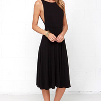 Laissez Flair Black Midi Dress