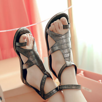 Design Stylish Summer Flat Beach Shoes Plus Size Roman Sandals [4920243460]