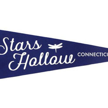 Stars Hollow, Connecticut - Gilmore Girls Pennant