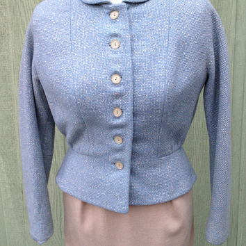 1940 1950 La Mode Dallas Womens Tailored Blue Grey Cinched Waist Jacket with Round Collar and Dropped Shoulders