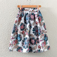 Vintage Feather & Flower Print Pleated Midi Skirt