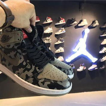 DCCKIJ2 Men's Nike Air Jordan 1 Retro High Leather Shadow Camo Basketball Shoes Grey