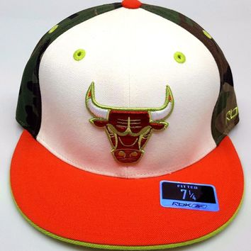 NEW! NBA Chicago Bulls Embroidered Fitted Colors Cap 7 5/8