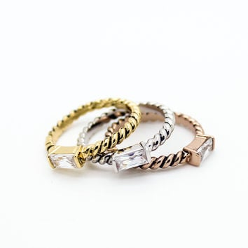 Square stone rings set