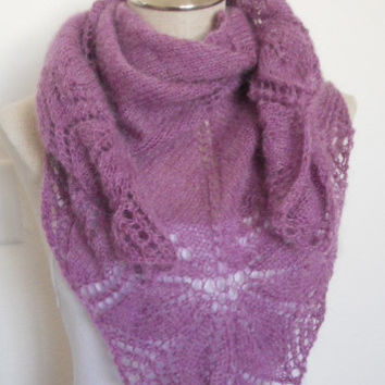SPRING SALE!!  Beautiful knit shawl in light purple, lace shawl, scarf shawlette handmade stole triangle scarf mother's day gift