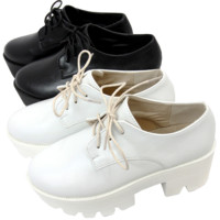 B&W PLATFORM SHOES