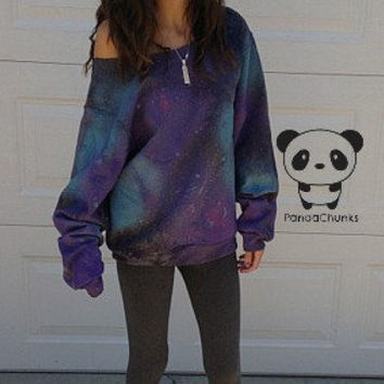 GALAXY SWEATSHIRT size medium