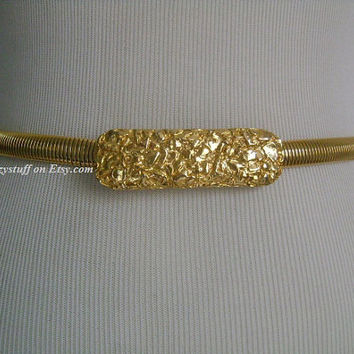 Rarely Seen HATTIE CARNEGIE Gold Plated Flexible Omega Snake Chain Stretch Cinch Belt W/ Textured Golden Nugget Design Buckle 26 30 Size S M