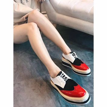 Prada new women's shoes color matching leather straw cakes thick-soled casual shoes Brock England wind shoes red