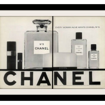 1969 CHANEL No. 5 Perfume Cologne Ad Vintage Advertisement Print