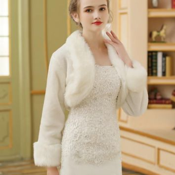 Ivory Bridal Wrap Faux Fur Boleros Coat Wedding Jacket
