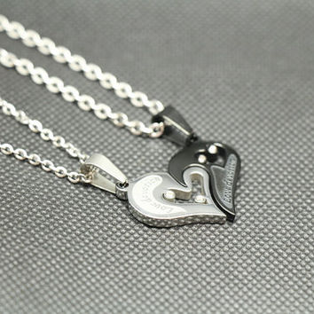 A pair of love lovers necklace,loveheart necklace,couple necklace,lovers necklace,promise necklace