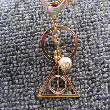 harry potter deathly hallows triangle keychan